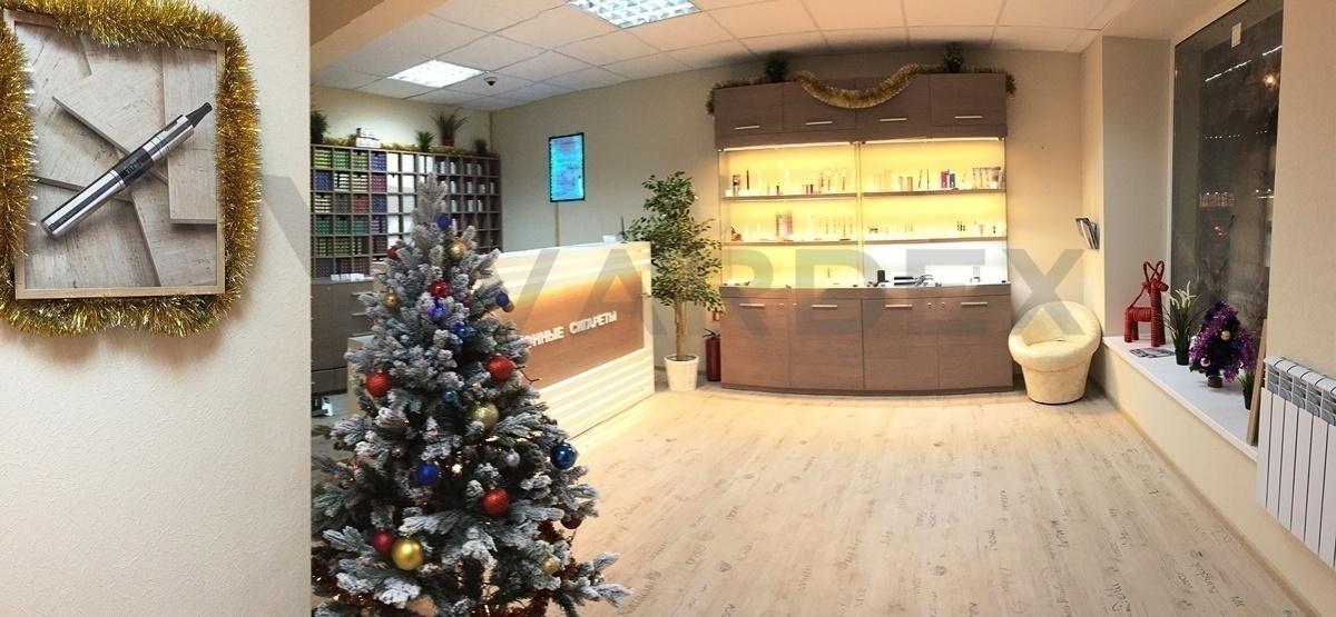 Витрина магазина электронных сигарет Vardex